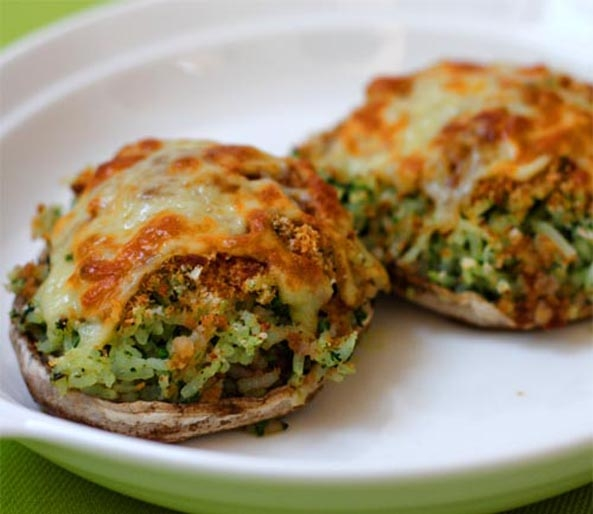 Portobello Mushrooms Stuffed With Spinach and Rice